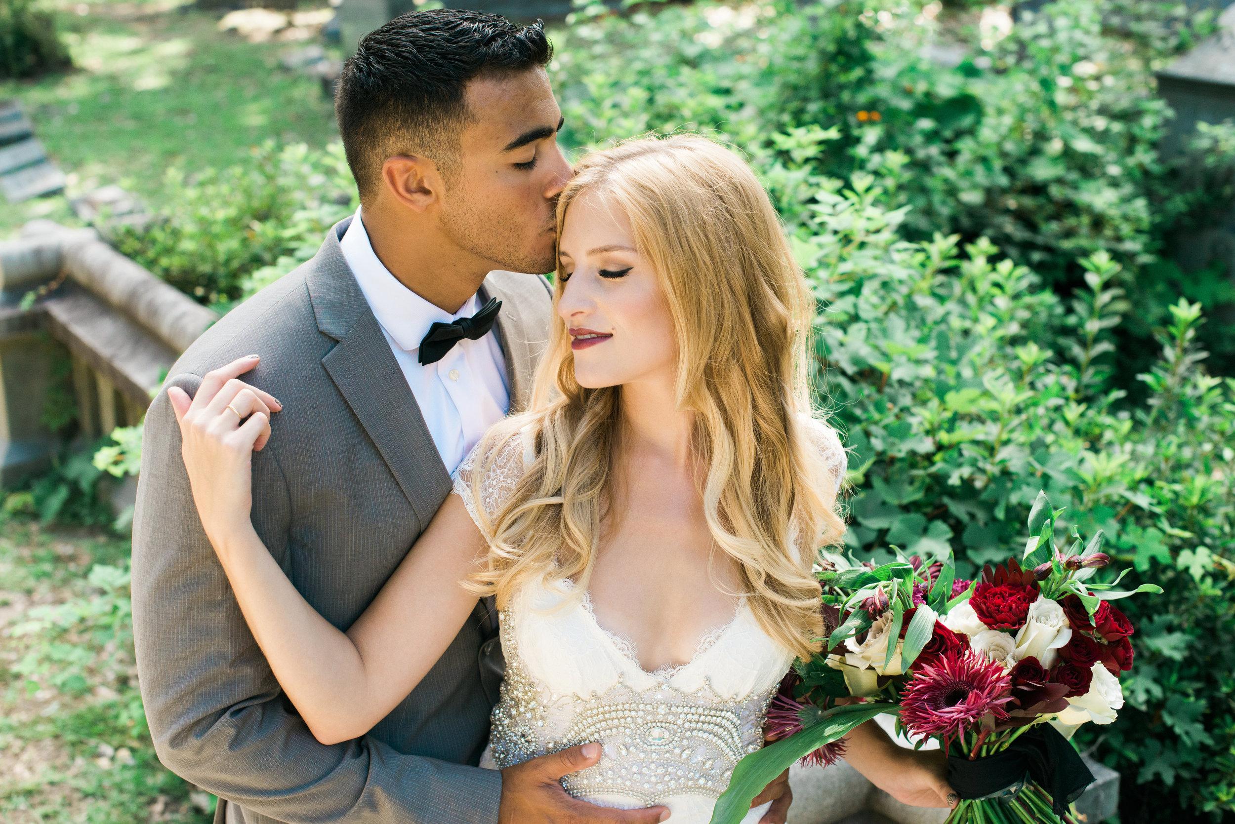 callie-beale-photography-Bonaventure-cemetery-michelle-royal-makeup-cemetery-wedding-ivory-and-beau-wedding-planning-anna-campbell-harper-savannah-bridal-boutique-savannah-wedding-dresses-savannah-weddings-12.jpg