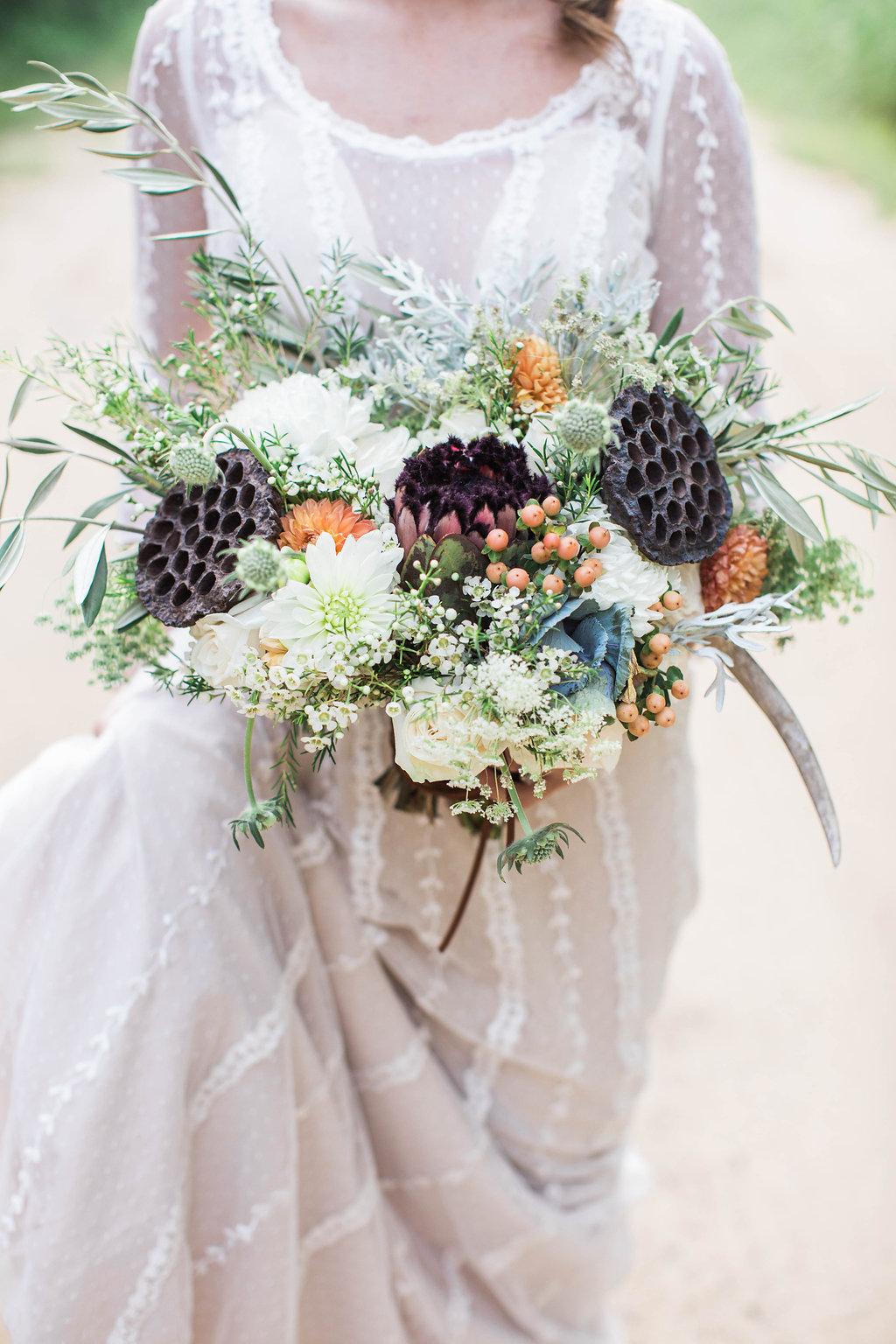 apt-b-photography-ivory-and-beau-bridal-boutique-anna-campbell-isobelle-australian-wedding-the-collins-quarter-savannah-wedding-savannah-weddings-savannah-florist-savannah-bridal-savannah-event-designer-savannah-wedding-dresses-outback-wedding-17.jpg