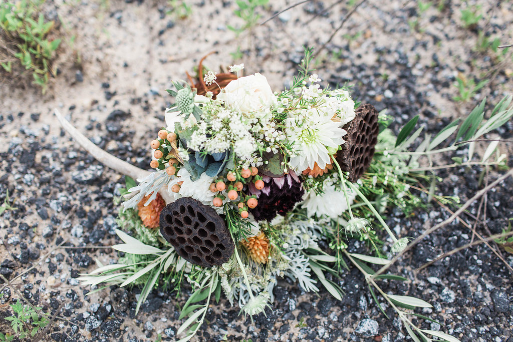 apt-b-photography-ivory-and-beau-bridal-boutique-anna-campbell-isobelle-australian-wedding-the-collins-quarter-savannah-wedding-savannah-weddings-savannah-florist-savannah-bridal-savannah-event-designer-savannah-wedding-dresses-outback-wedding-28.jpg