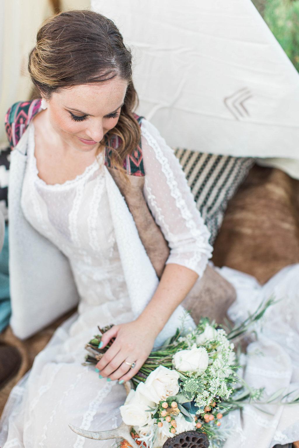 apt-b-photography-ivory-and-beau-bridal-boutique-anna-campbell-isobelle-australian-wedding-the-collins-quarter-savannah-wedding-savannah-weddings-savannah-florist-savannah-bridal-savannah-event-designer-savannah-wedding-dresses-outback-wedding-33.jpg