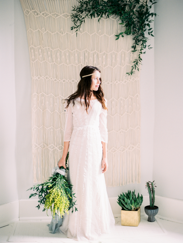 vitor-lindo-photography-ivory-and-beau-bridal-boutique-ti-adora-wedding-dress-boho-wedding-dress-savannah-bridal-boutique-savannah-weddings-savannah-wedding-dresses-savannah-wedding-planner-colonial-house-of-flowers-10.jpg