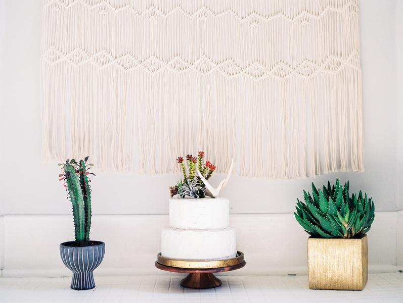 vitor-lindo-photography-ivory-and-beau-bridal-boutique-ti-adora-wedding-dress-boho-wedding-dress-savannah-bridal-boutique-savannah-weddings-savannah-wedding-dresses-savannah-wedding-planner-colonial-house-of-flowers-17.jpg