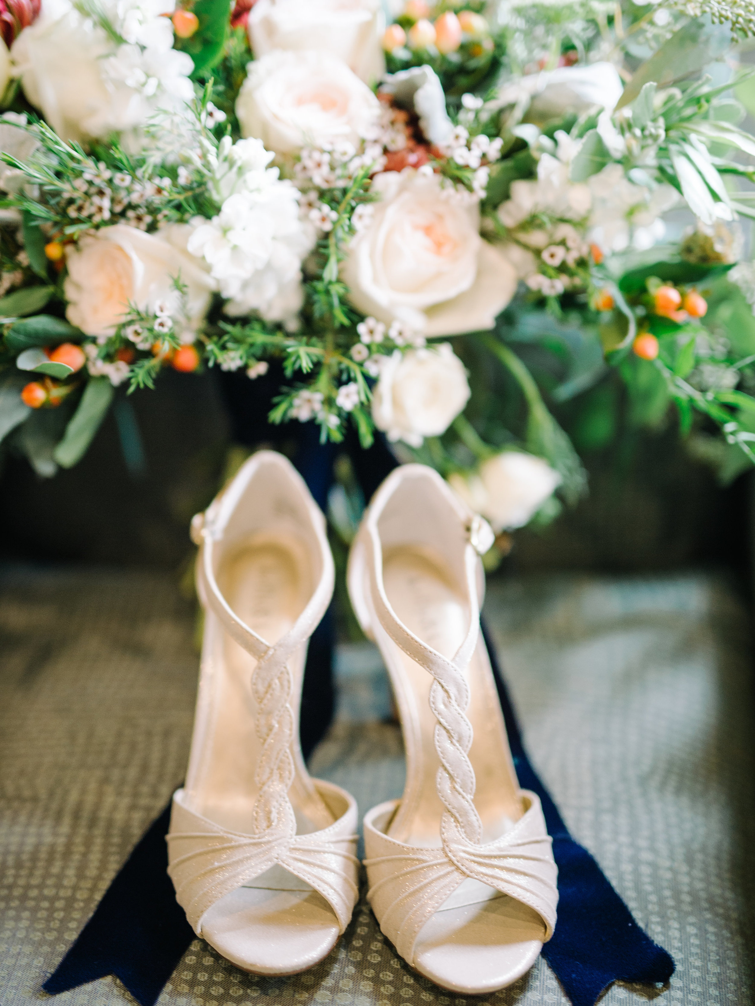 amber-and-paul-rach-loves-troy-charles-h-morris-center-wedding-sarah-seven-helene-lace-wedding-dress-ivory-and-beau-bridal-boutique-savannah-wedding-planner-savannah-event-designer-savannah-florist-savannah-weddings-savannah-bridal-boutique-2.jpg