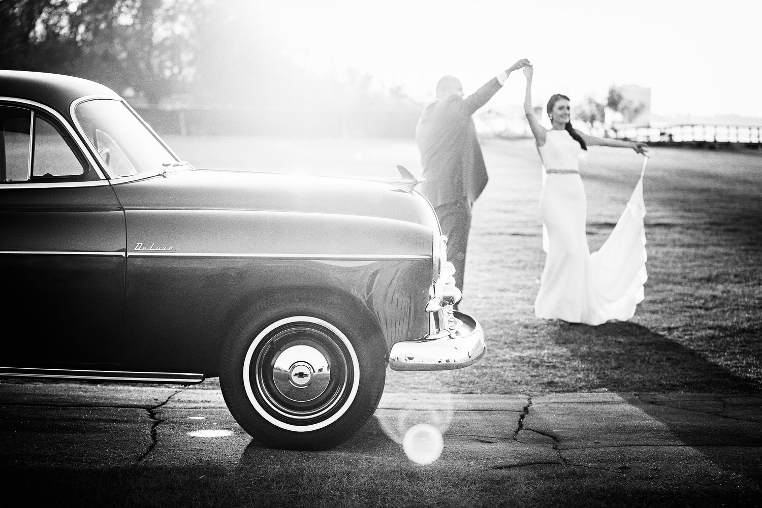 izzy-hudgins-photography-savannah-wedding-ivory-and-beau-bridal-boutique-savannah-wedding-planner-colonial-house-of-flowers-forsyth-park-wedding-old-fort-jackson-wedding-squidwed-films-savannah-boutique-savannah-weddings-55.jpg