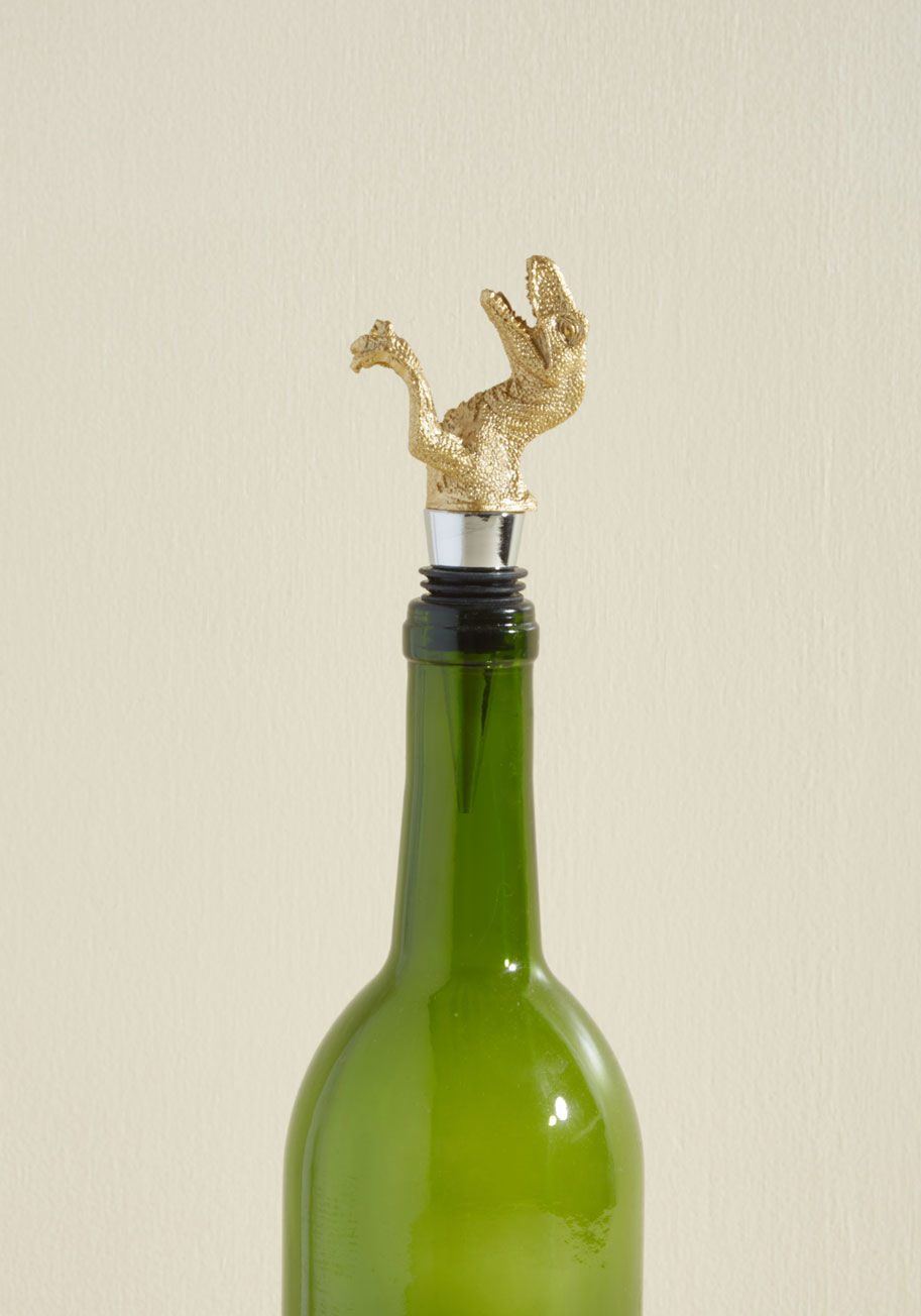 dinosaur-winestopper-bridesmaidgifts.jpg