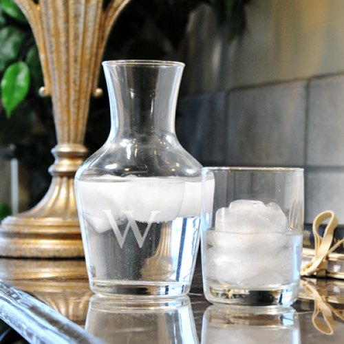 personalwatercarafe-watercarafe-bridesmaidgifts-savannahweddings.jpg