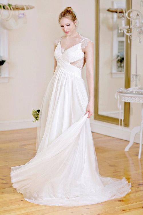 bluethread-bridal-gowns-wedding-savannah-wedding-ivory-and-beau-savannnahweddings-savannahbridal-savannah-bridal-boutique-trunk-show-wedding-dress-custom-wedding-dress-savannah-1.jpg