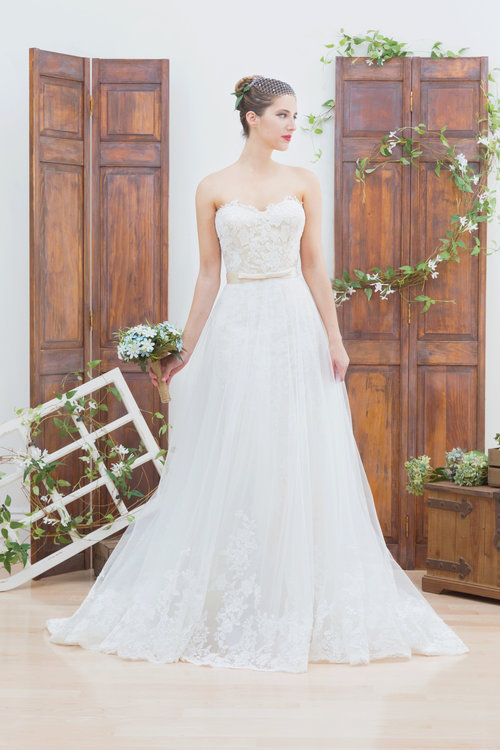 bluethread-bridal-gowns-wedding-savannah-wedding-ivory-and-beau-savannnahweddings-savannahbridal-savannah-bridal-boutique-trunk-show-wedding-dress-custom-wedding-dress-savannah.jpg