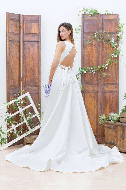 bluethread-bridal-gowns-wedding-savannah-wedding-ivory-and-beau-savannnahweddings-savannahbridal-savannah-bridal-boutique-trunk-show-wedding-dress-custom-wedding-dress-savannah-2.jpg