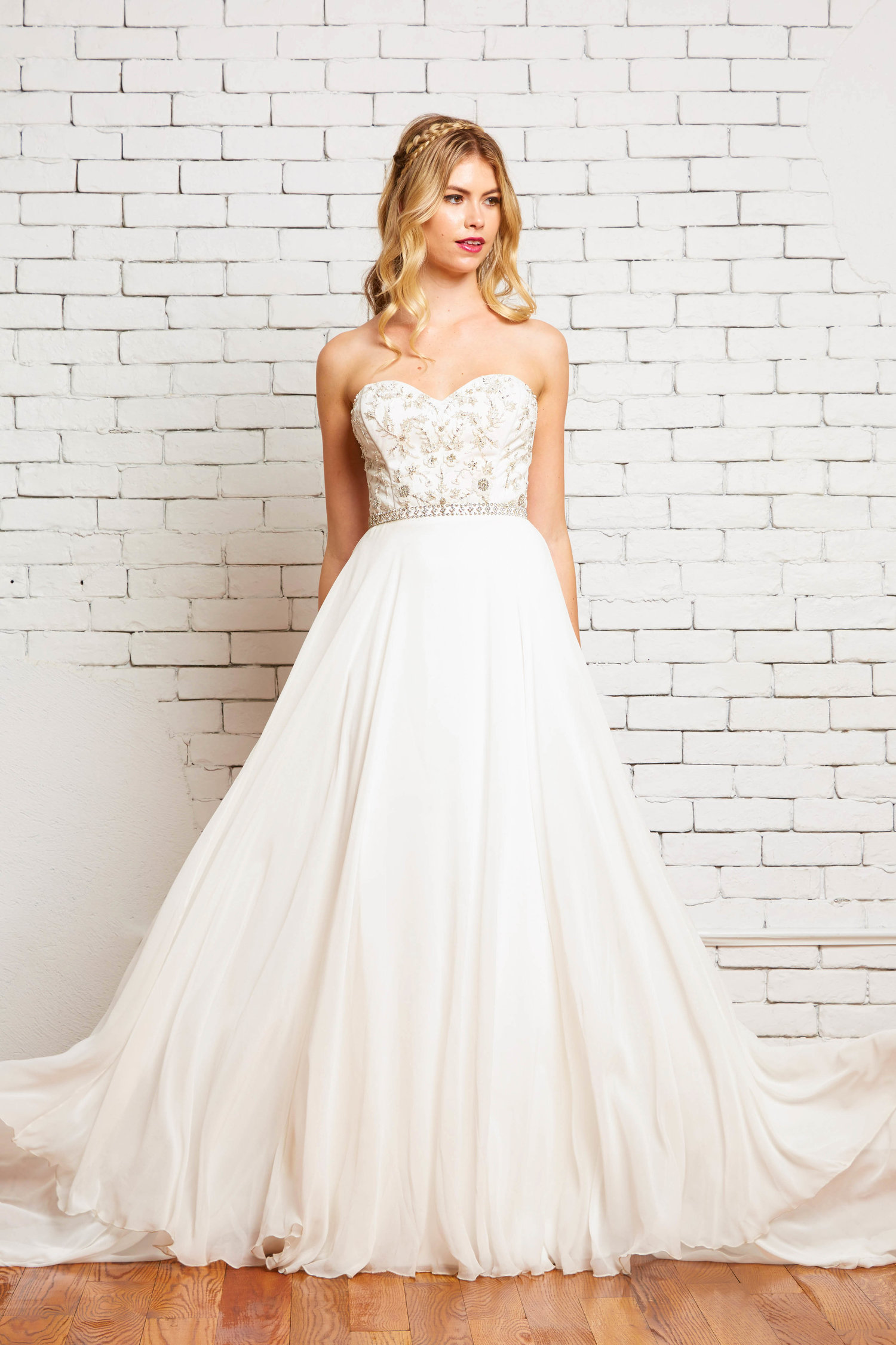 2A.+Jaqueline+Front+2-Rebecca+Schoneveld-2-124_classic_strapless_embelished_gown_with_flowy_simple_a_line_skirt-ivory-and-beau-bridal-boutique-savannah-wedding-gowns-savannah-wedding-dresses.jpg