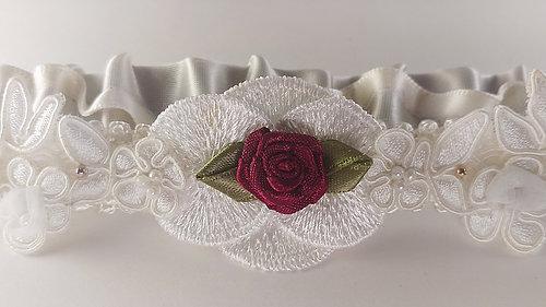 couffia-couture-garter-savannah-designer-savannah-bridal-boutique-ivory-and-beau-savannah-brides-savannah-bridal-accessories-garters-custom-designed-wined-and-mine.jpg