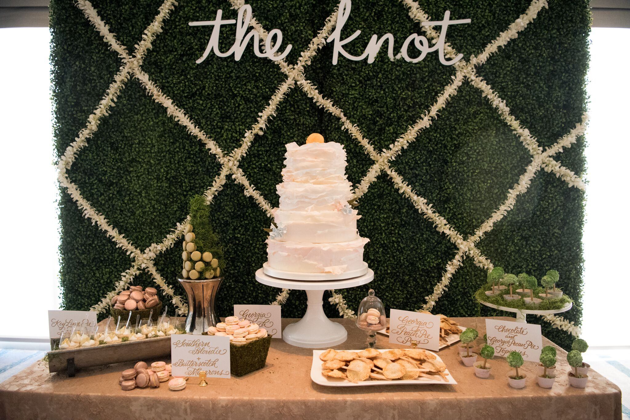 the-knot-savannah-ivory-and-beau-bridal-boutique-savannah-wedding-dress-savannah-bridal-boutique-savannah-bridal-shop-savannah-wedding-gowns-savannah-wedding-planner-savannah-wedding-coordinator-savannah-bridesmaids-dresses-5.jpeg