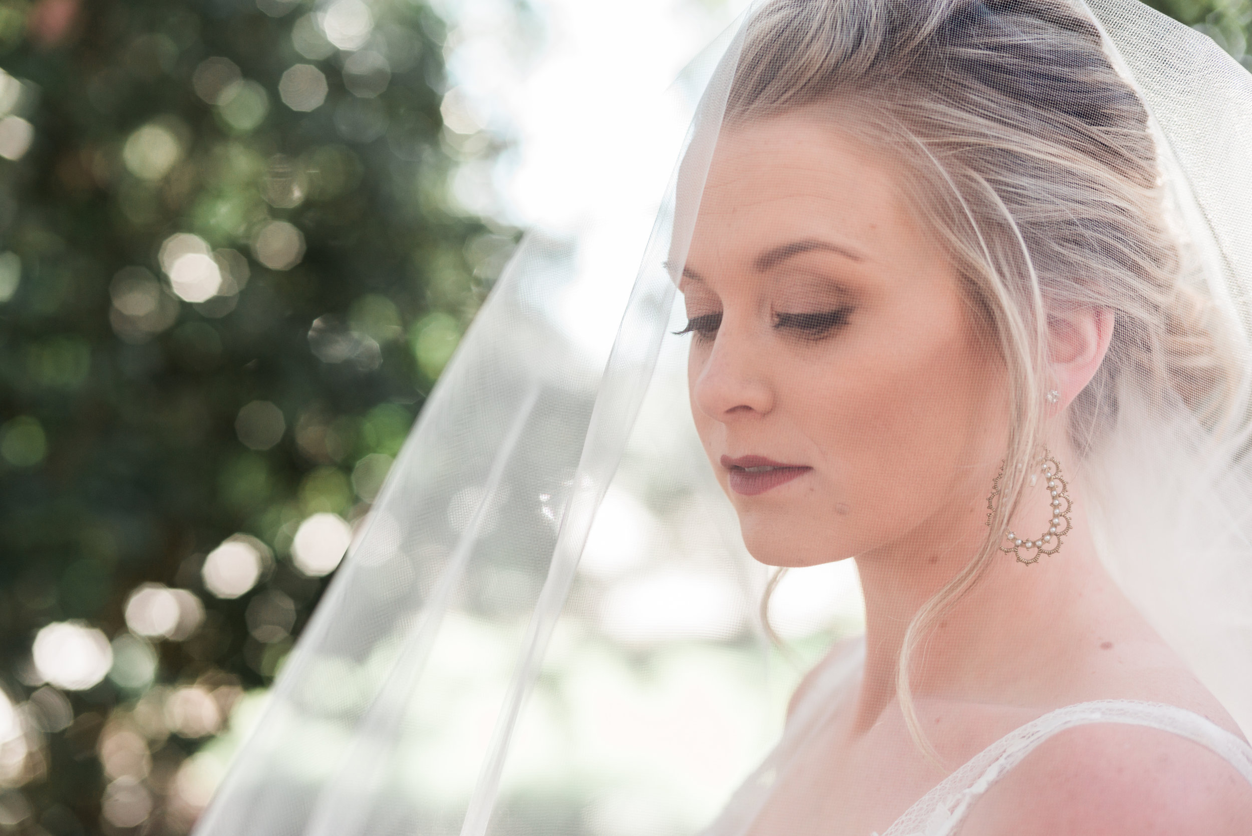ivory-and-beau-bridal-boutique-savannah-bridal-boutique-savannah-wedding-coordinator-savannah-wedding-planner-bud-johnson-photography-jeff-bush-videography-4.jpg