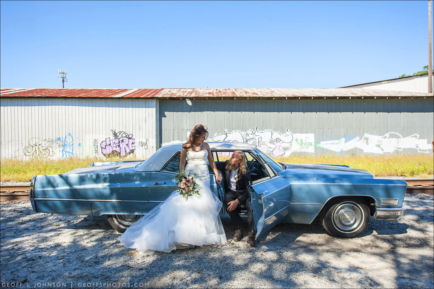 MIA'S COOL AND COLORFUL ELOPEMENT