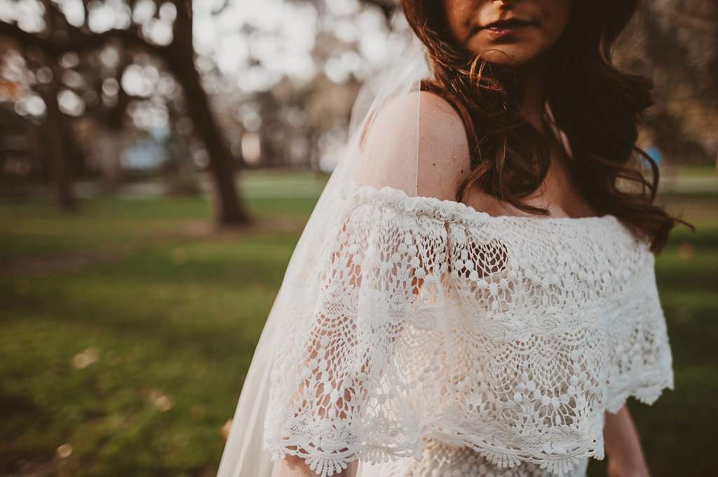 ivory-and-beau-bridal-boutique-savannah-2018-wedding-trends-daughters-of-simone-l+m-photography-savannah-photography-trendy-wedding-5.jpg