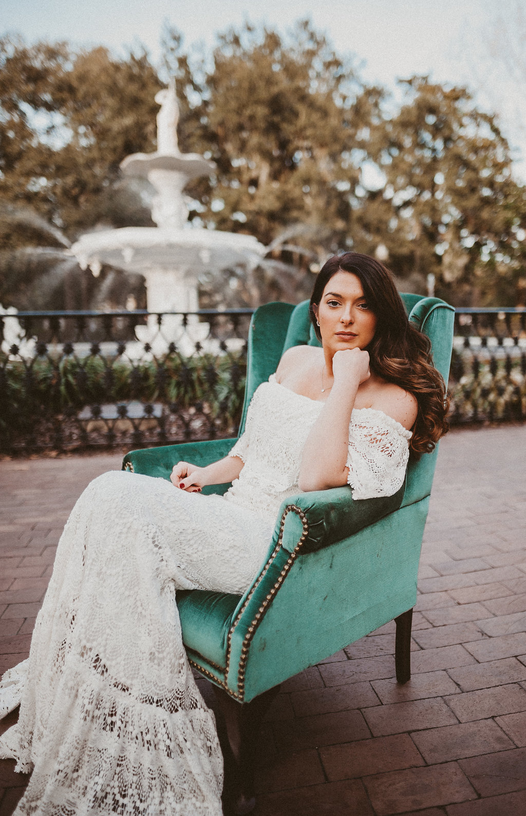 ivory-and-beau-bridal-boutique-savannah-2018-wedding-trends-daughters-of-simone-l+m-photography-savannah-photography-trendy-wedding-9.jpg