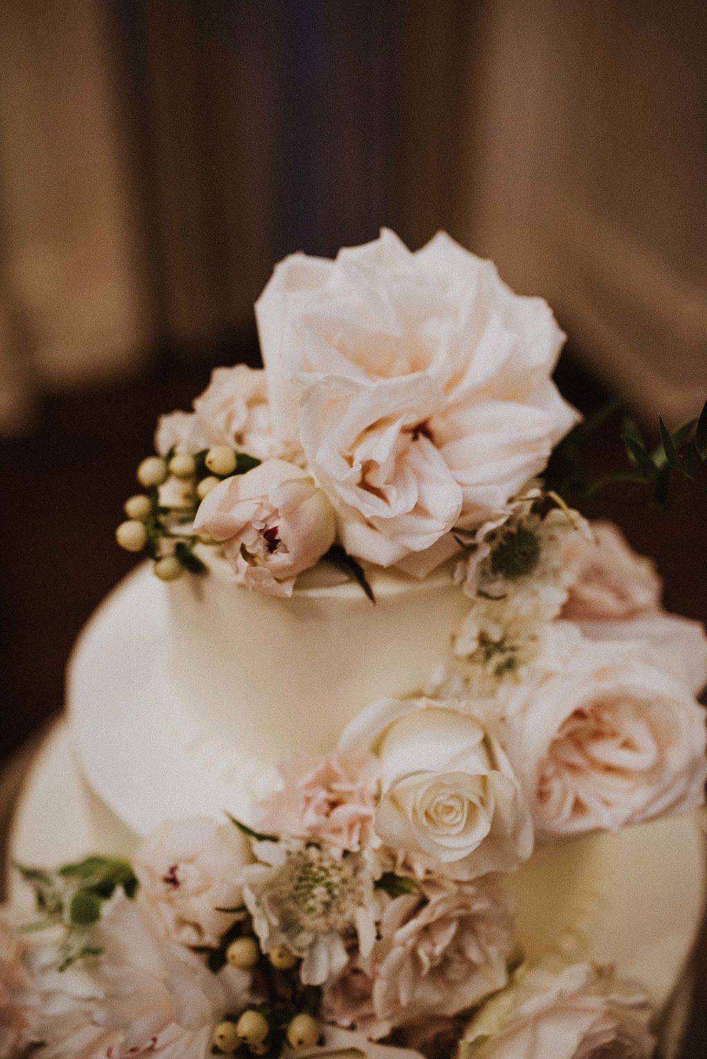 ivory-and-beau-bridal-boutique-alex-and-josephine-meghan-melia-photography-brockington-hall-wedding-savannah-wedding-28.jpg