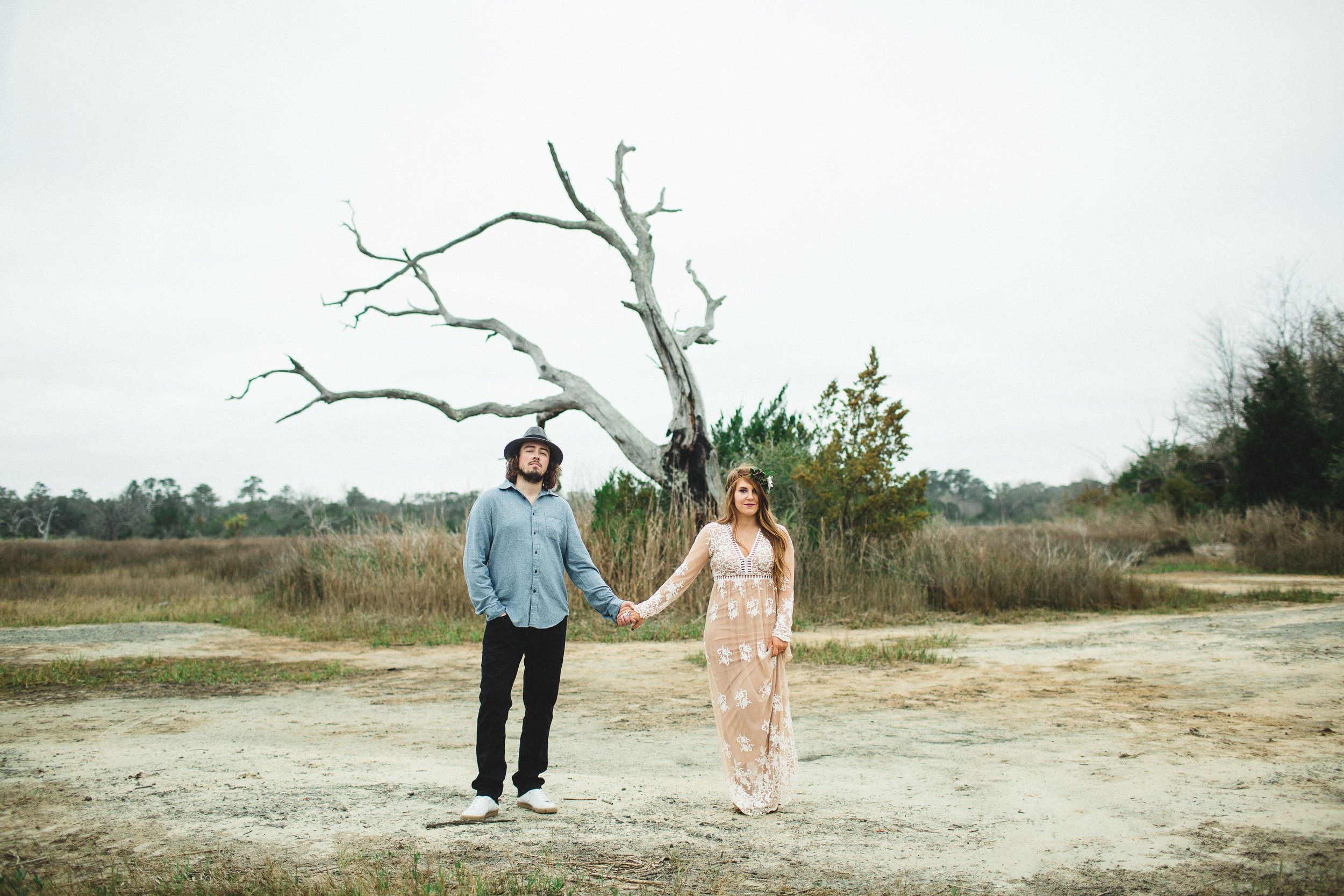 nicole-and-alex-engagement-session-ivory-and-beau-savannah-wedding-planner-savannah-event-designer-savannah-weddings-savnanah-florist-engagement-session-old-dairy-farm.jpg