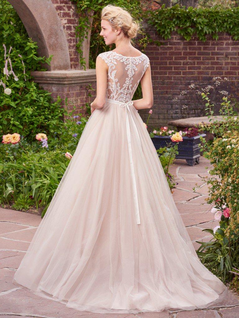 ivory-and-beau-bridal-boutique-zodiac-wedding-style-savannah-wedding-gowns-savannah-wedding-dresses-earnest-loans-8.jpg