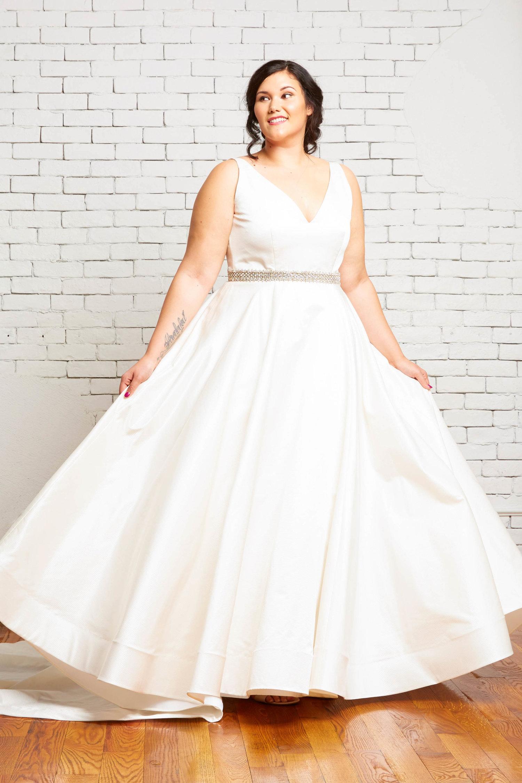 ivory-and-beau-bridal-boutique-zodiac-wedding-style-savannah-wedding-gowns-savannah-wedding-dresses-earnest-loans-17.jpg