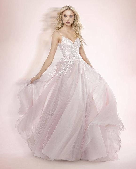 ivory-and-beau-bridal-boutique-zodiac-wedding-style-savannah-wedding-gowns-savannah-wedding-dresses-earnest-loans-20.jpg