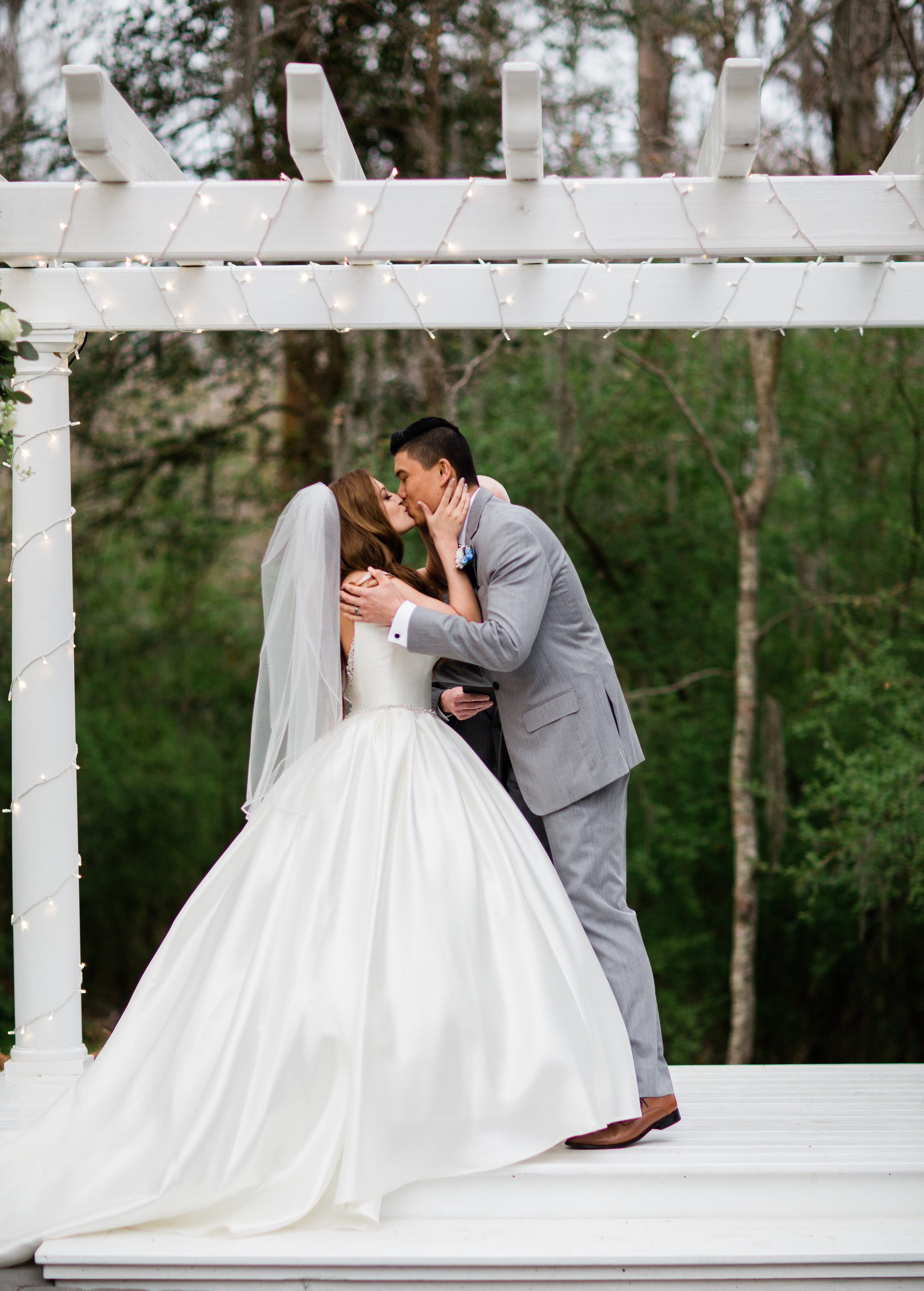 savannah-bridal-shop-i-and-b-bride-dallas-vitor-lindo-photography-verity-gown-by-maggie-sottero-savannah-wedding-gown-savannah-wedding-dress-mackey-house-wedding-3.jpg