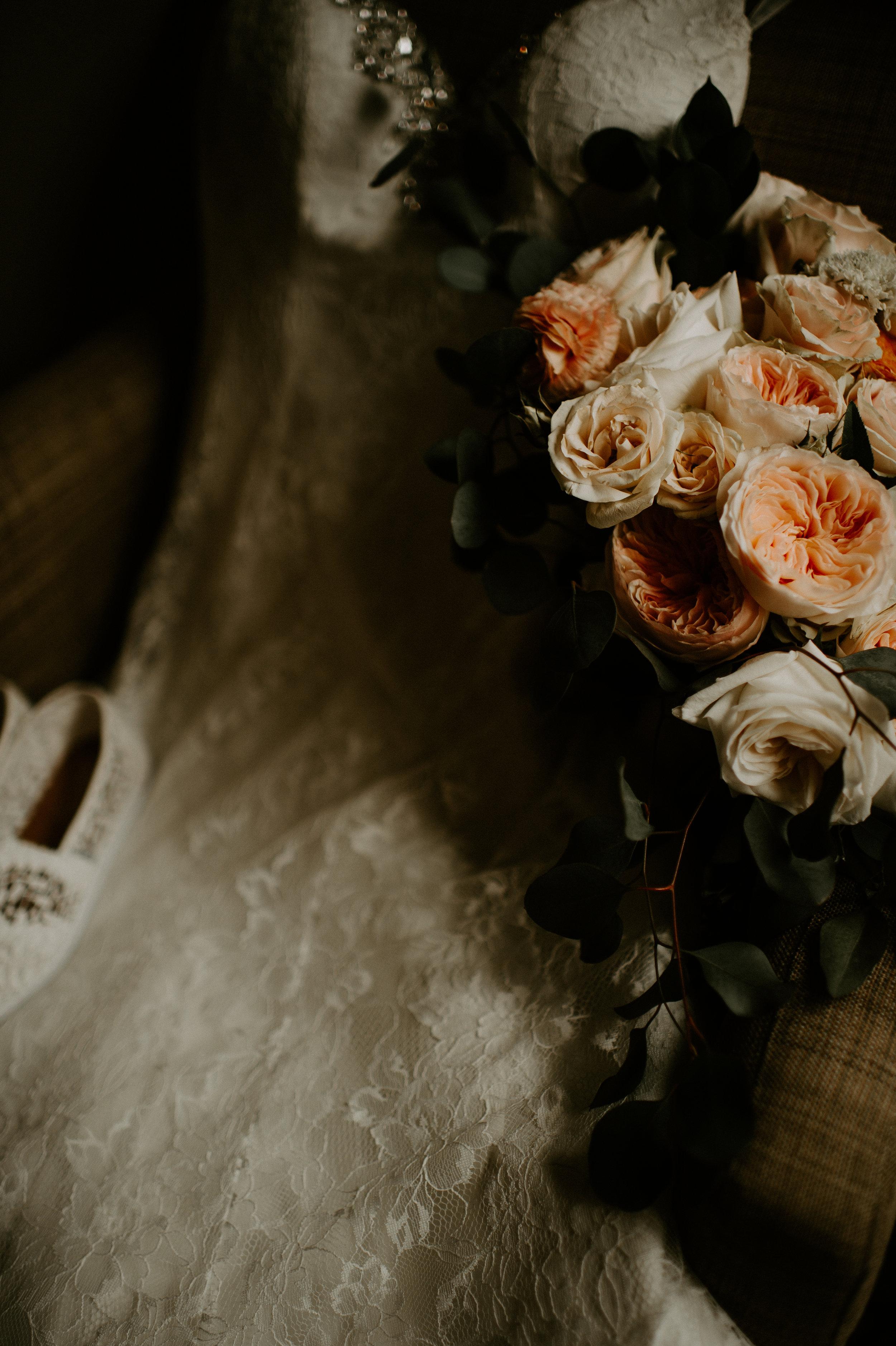 savannah-bridal-shop-andrea-and-mike-evergold-photography-georgia-state-railroad-museum-wedding-savannah-wedding-florist-savannah-wedding-planner-3.jpg