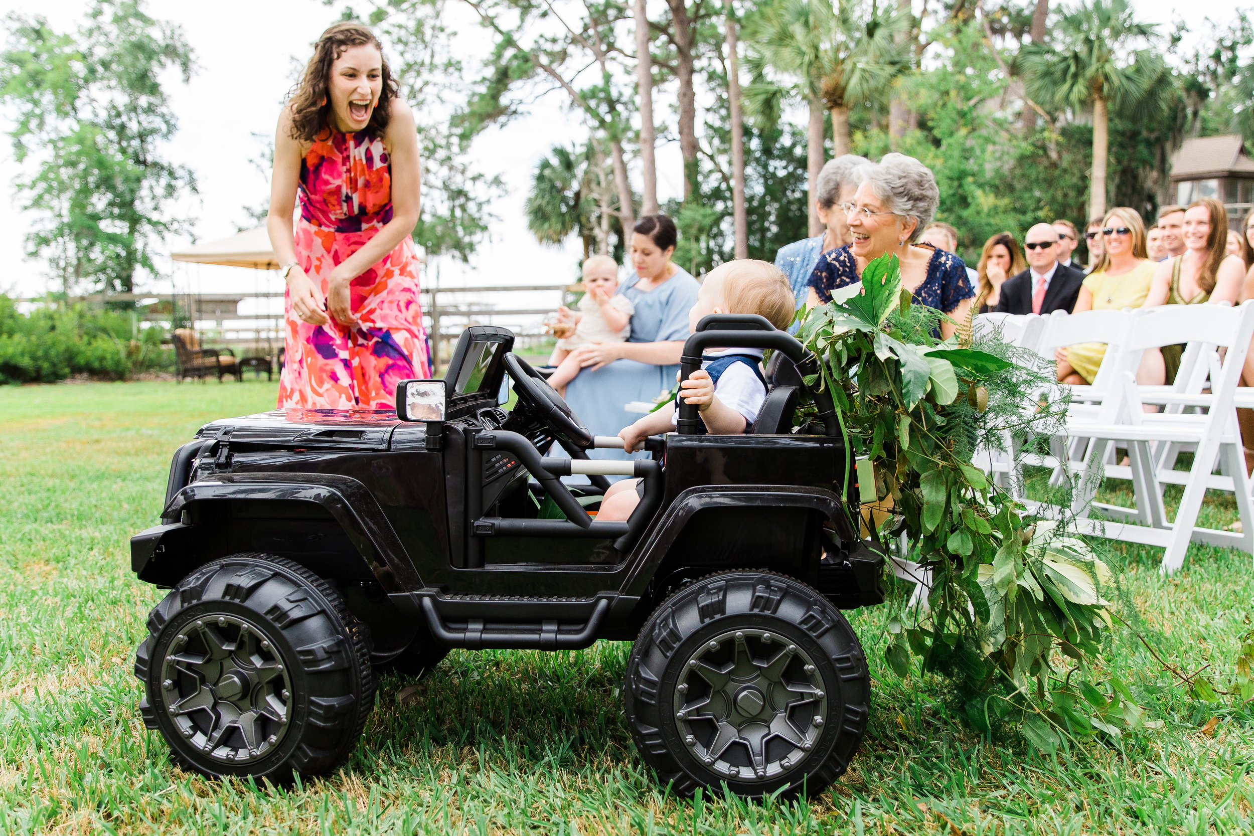 savannah-bridal-shop-i-and-b-couple-gretchen-and-alex-fun-and-unique-tropical-wedding-at-captains-bluff-st-simons-island-wedding-marianne-lucille-photography-21.jpg