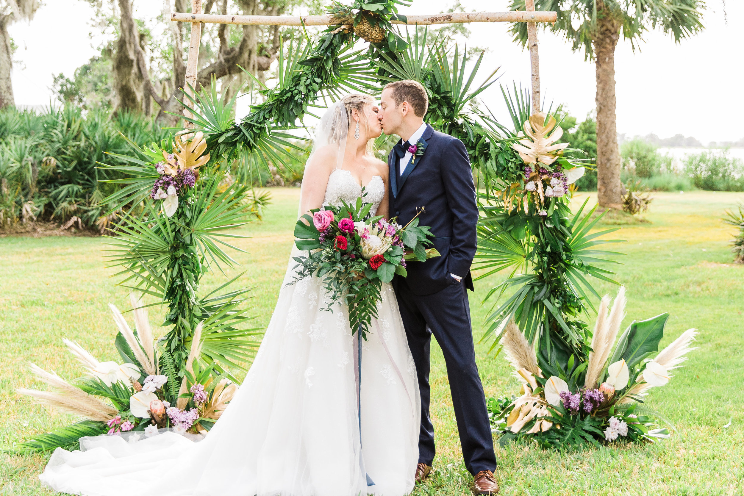 savannah-bridal-shop-i-and-b-couple-gretchen-and-alex-fun-and-unique-tropical-wedding-at-captains-bluff-st-simons-island-wedding-marianne-lucille-photography-28.jpg
