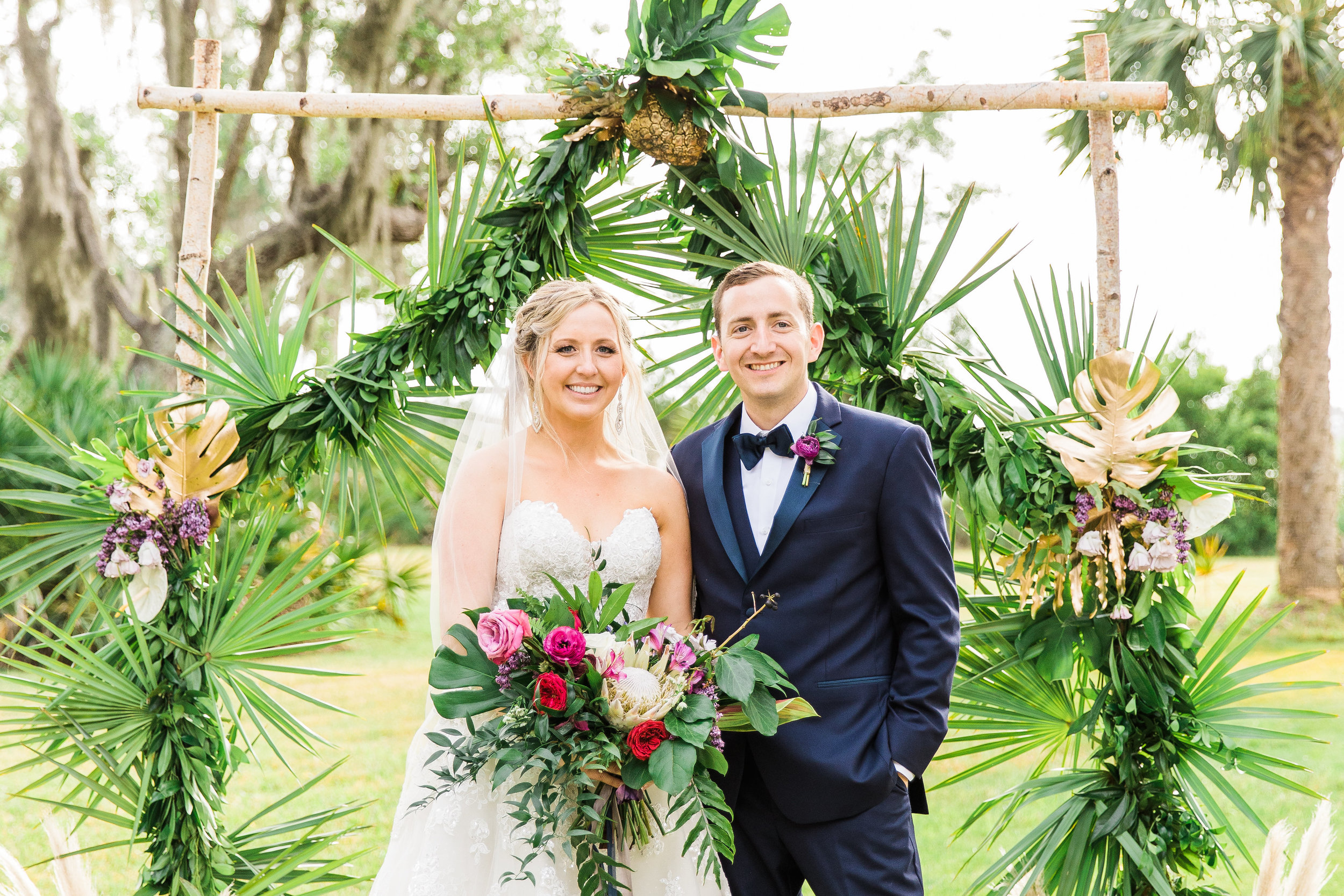 savannah-bridal-shop-i-and-b-couple-gretchen-and-alex-fun-and-unique-tropical-wedding-at-captains-bluff-st-simons-island-wedding-marianne-lucille-photography-30.jpg