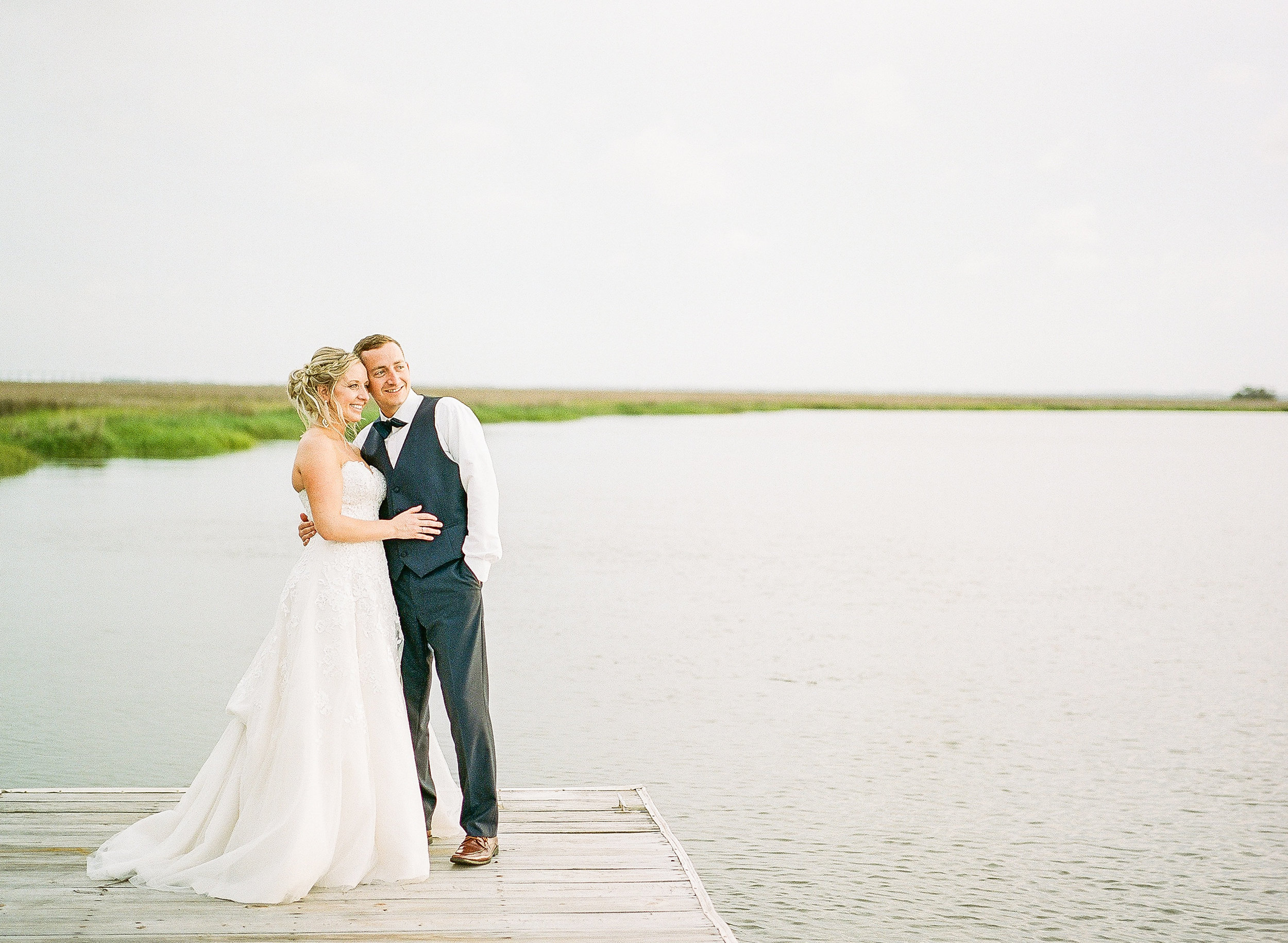 savannah-bridal-shop-i-and-b-couple-gretchen-and-alex-fun-and-unique-tropical-wedding-at-captains-bluff-st-simons-island-wedding-marianne-lucille-photography-49.jpg