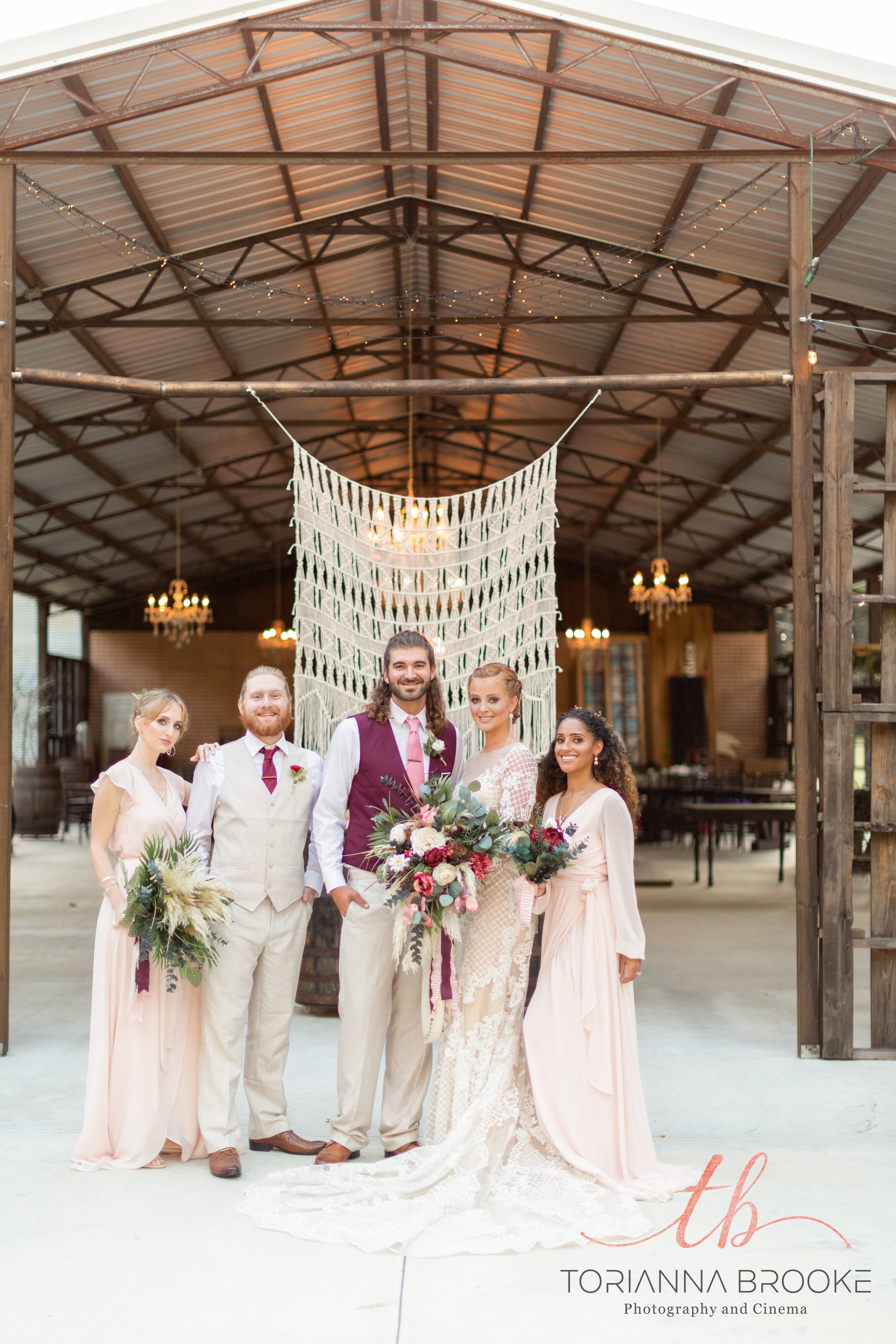 Aren't the colors they chose so stunning? The entire shoot was rose-gold inspired, which we here at I&B absolutely love!