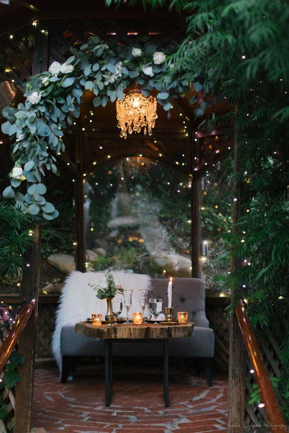 cocktail-style-weddings-fun-unique-wedding-ideas-boho-wedding-ideas-southern-wedding-ideas-boho-wedding-inspiration-wedding-style-wedding-inpo-boho-brides-savannah-georgia-wedding-southern-wedding-inspo-earth-tone-weddingoromantic-wedding-ideas-not-your-mothers-wedding-cocktail-receptions