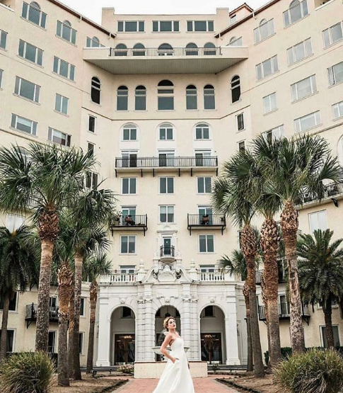 what-makes-ivory-and-beau-different-enough-to-be-voted-best-bridal-shop-in-savannah-ivory-and-beau-floral-design-in-savannah-gerogia-floral-design-savannah-georgia-wedding-dresses-savannah-gerogia-wedding-wedding-planning-southern-wedding-planning-ideas-savannah-weddings-southern-floral-design