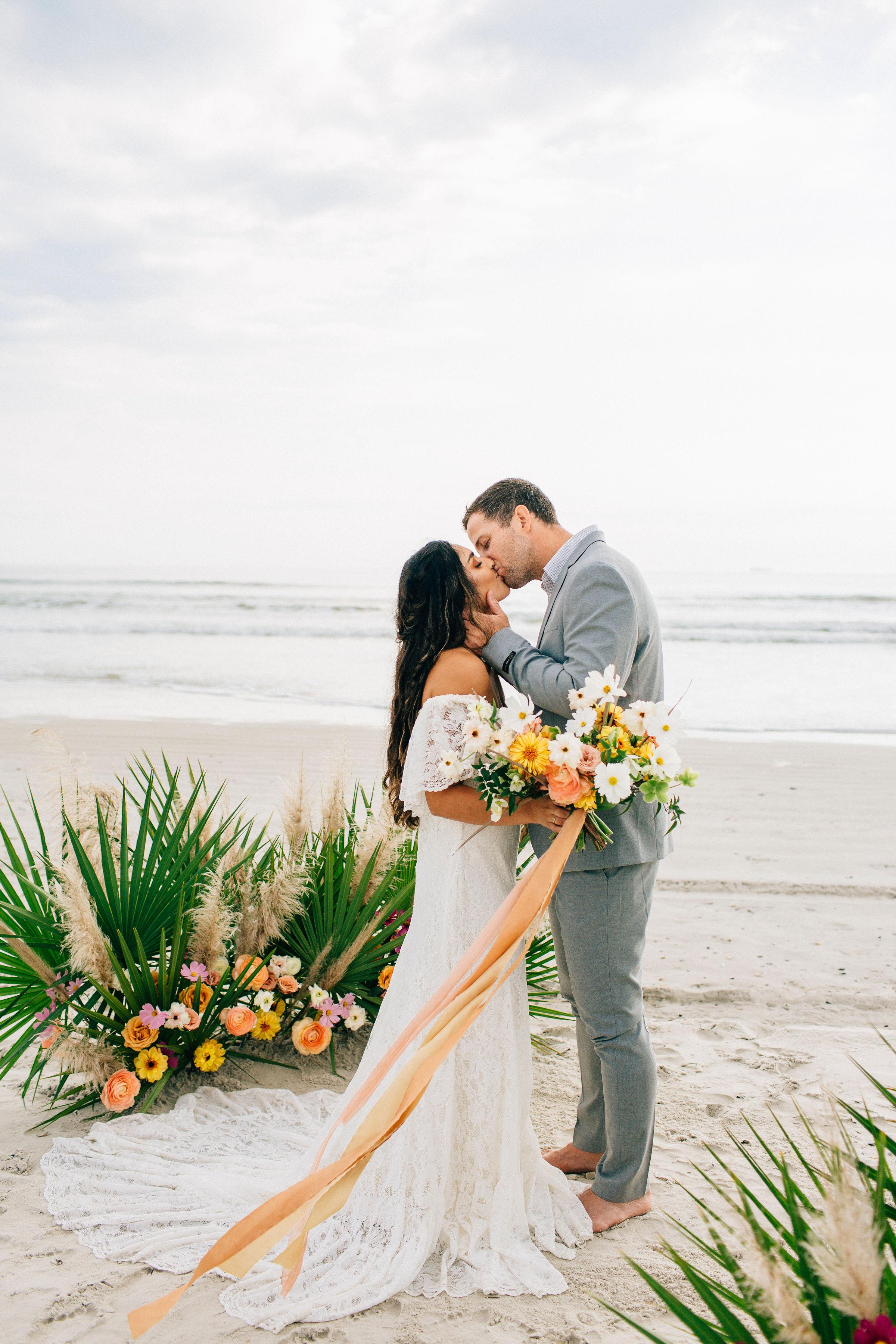 beach wedding - beach bride - elopement - savannah bride - savannah wedding shop - boho wedding dress5.jpg