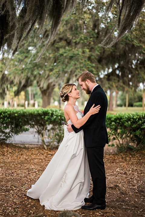 ivory_and_beau_styled_shoot_dapper_events_bud_johnson_photography_wedding_dress_savannah_wedding_planner_southern_bride_classic_2.jpg