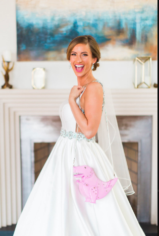 savannah-georgia-modern-wedding-savannah-wedding-planner-savannah-wedding-flowers-savannah-bridal-shop-creative-wedding-ideas-how-to-incorporate-your-dog-into-your-wedding-savannah-wedding-inpiration-sparkly-wedding-shoes-creative-wedding-ideas