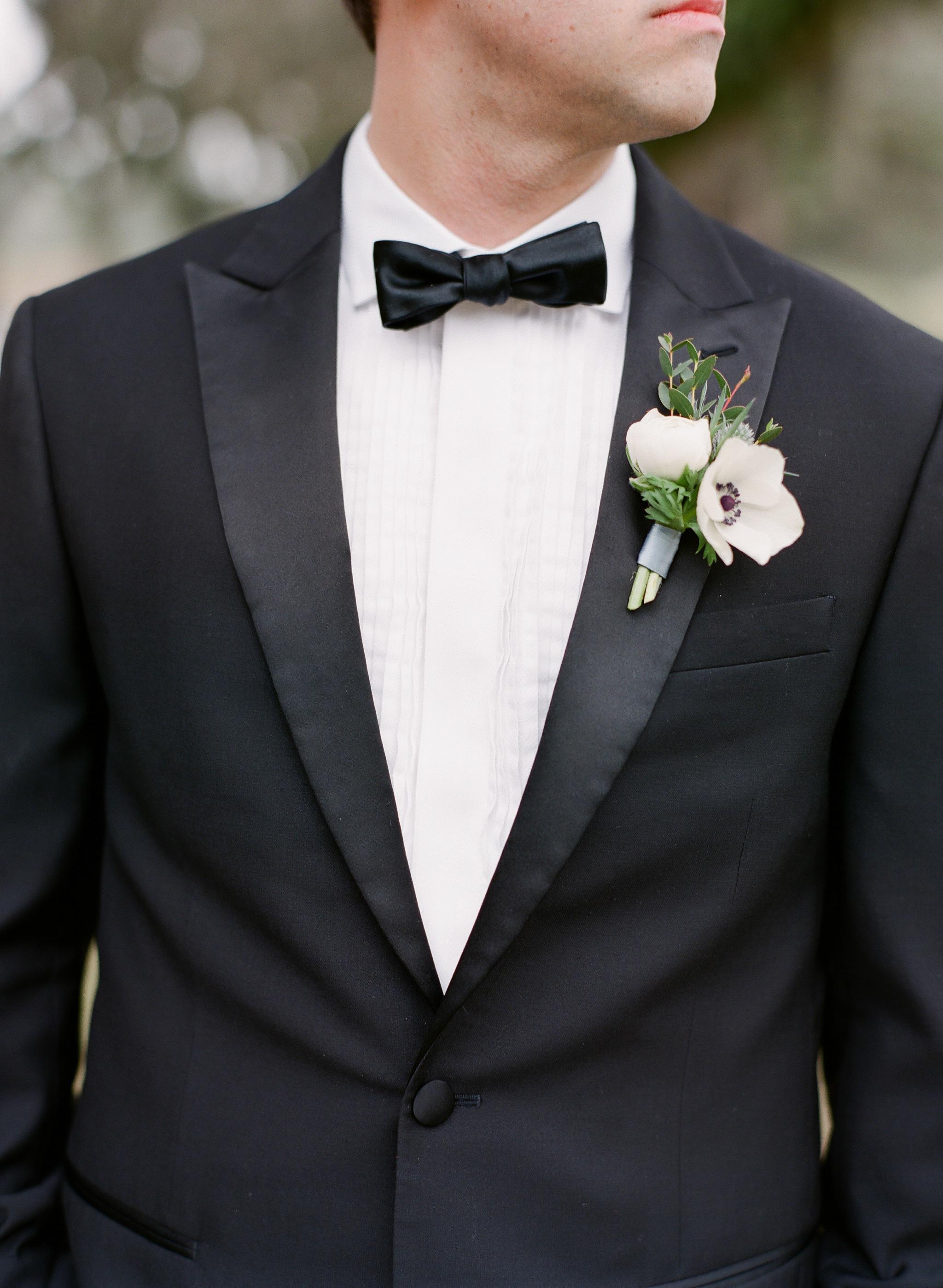 ivory_and_beau_couple_kate_and_dustin_wedding_flowers_savannah_florist_spring_wedding_georgia_3.jpg