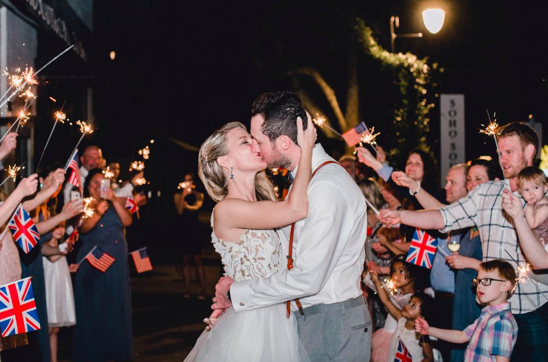 savanah-georgia-wedding-inspiration-calssic-southern-wedding-inspiration-pop-of-color-wedding-inspiration-tropical-wild-wedding-bouquet-wedding-flower-inspo-savannah-georgia-wedding-planner-savannah-georgia-wedding-flowers-savannah-gerogia-wedding-dresses
