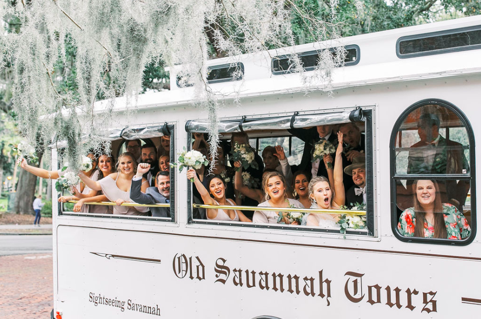 traditional-southern-wedding-blush-toned-wedding-savannah-wedding-inspo-pastel-wedding-inspo-wedding-dress-shop-savannah-wedding-florist-savannah-wedding-planner-classic-wedding-inspo-blush-pastel-natural-wedding-inso-college-themed-wedding-inspiration-wedding-inspiration-savannah-wedding