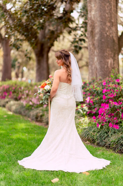 ivory-and-beau-bride-ivory-and-beau-wedding-dresses-savannah-bridal-shop-savannah-wedding-planner-savannah-wedding-florist-savannah-wedding-inspiration-savannah-wedding-dress-inspo-classic-wedding-dress-look-inspo