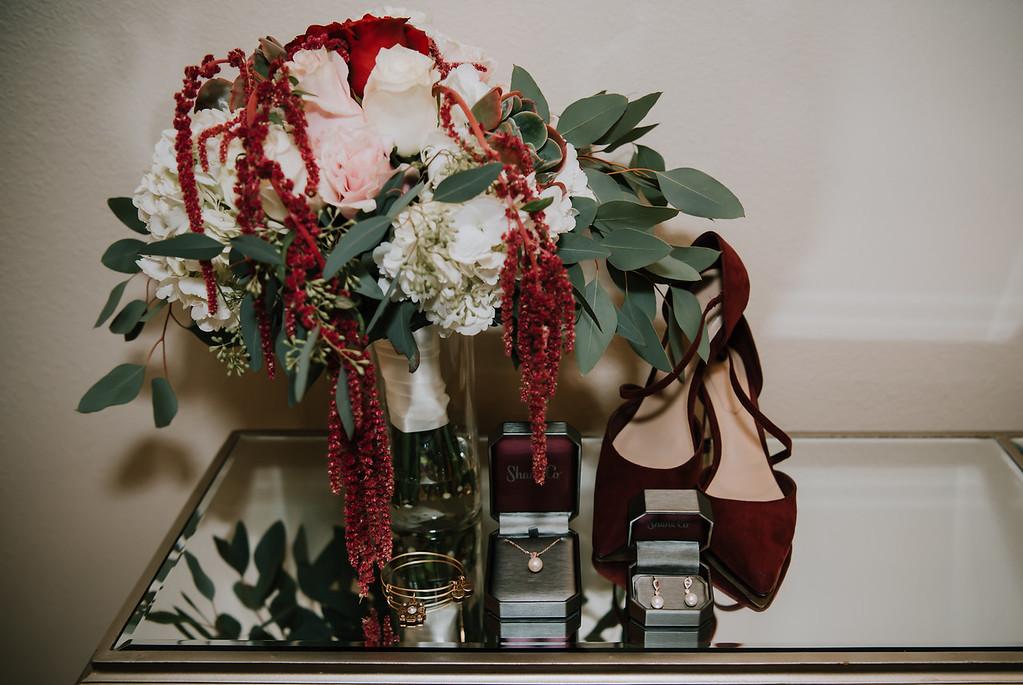savannah-wedding-classic-wedding-inspiration-dark-color-wedding-deep-moody-wedding-color-scheme-savannah-gerogia-wedding-inspiration-spring-wedding-inspiration-traditional-wedding-inspo-getting-ready-wedding-attire-savannah-wedding-planner-savannah-florist-savannah-wedding-dresses