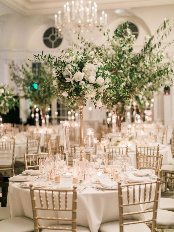 This timeless, elegant, centerpiece is perfect for a very grand venue, the taller the centerpiece that bigger the space!