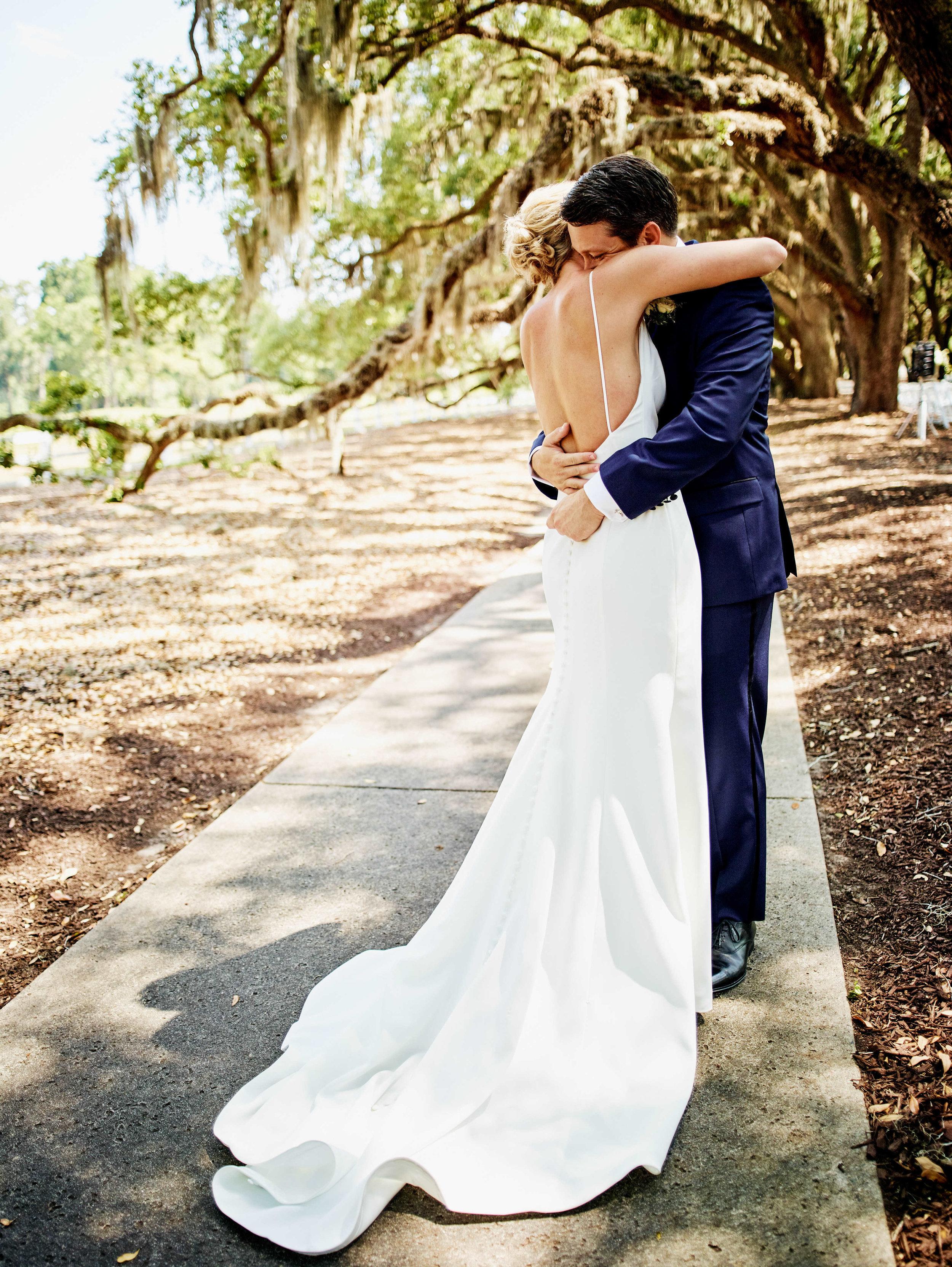 annie-and-greg-belfair-plantation-savannah-wedding-savannah-wedding-planner-first-look-bride-groom-timeless-classic-beautiful-sweet.jpg