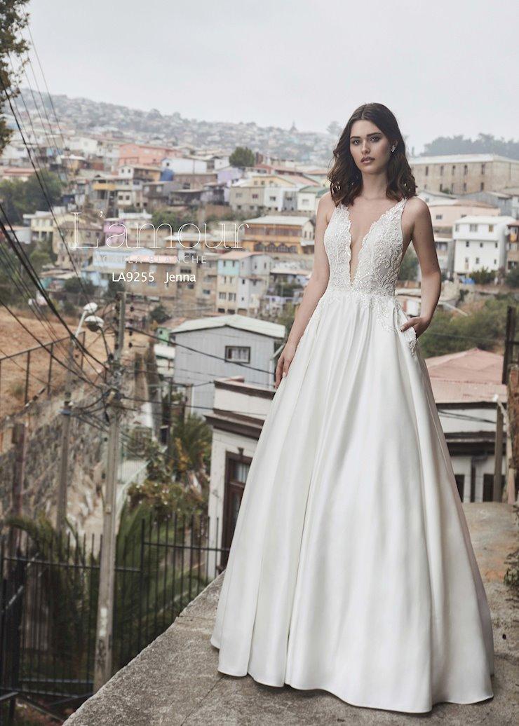 la9255-lamour-by-calla-blanche-ivory-and-beau-savannah-bridal-shop-savannah-wedding-dresses-savannah-bridal-dresses-savannah-wedding-dresses-bridal-boutique-designer-gowns-classic-traditional-bride.jpg
