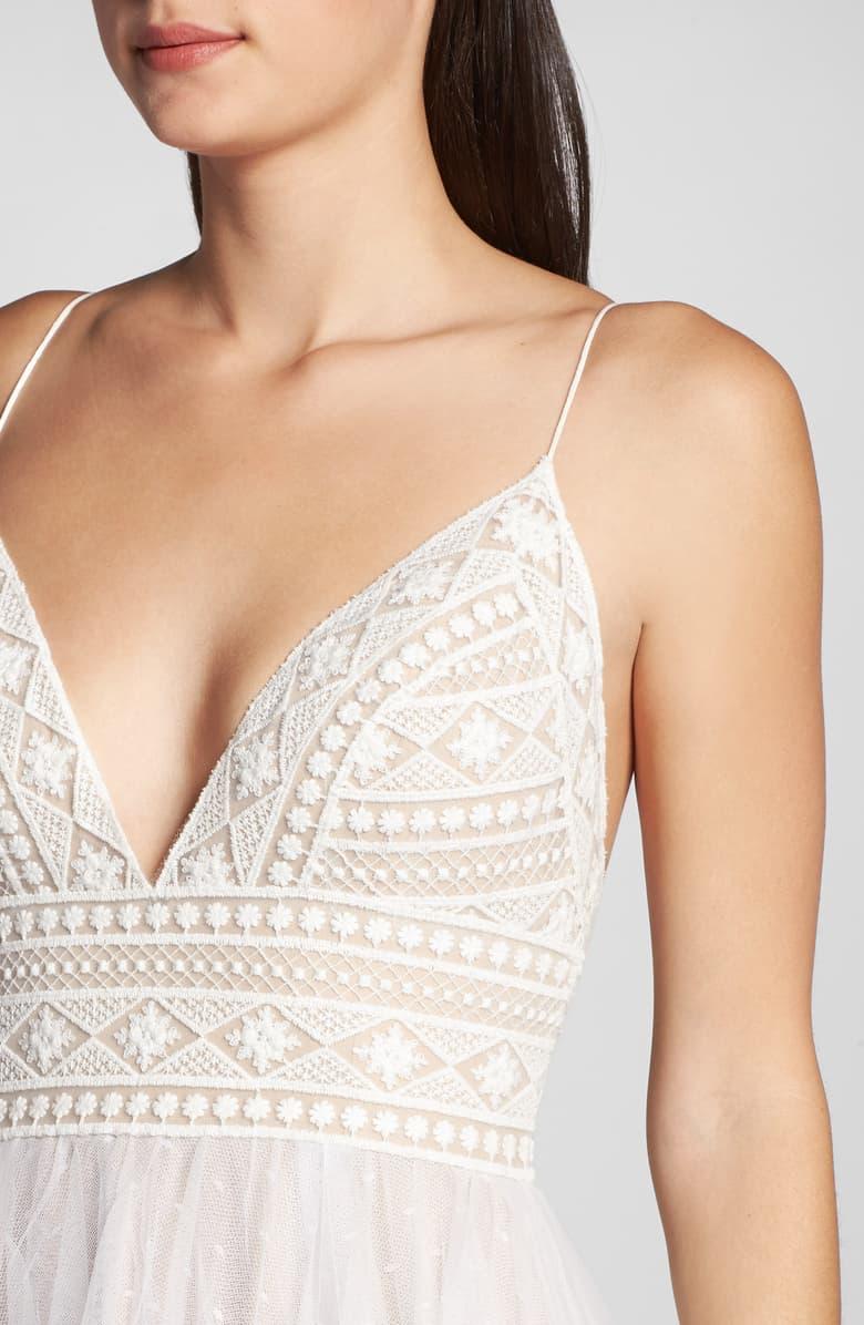 ivory-and-beau-savannah-weddings-bridal-boutique-ba3515bb-8a56-40d6-97f7-95a0456e1688.jpeg