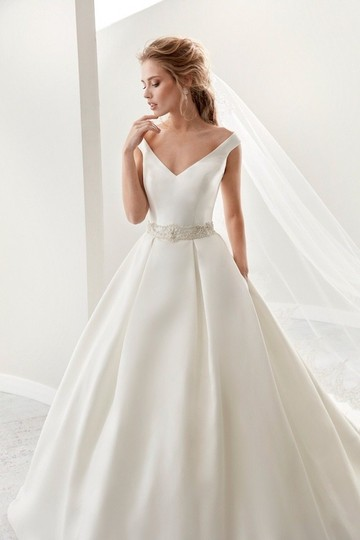ivory-and-beau-wedding-dresses-bridal-boutique-ivory-joab17445-traditional-wedding-dress-size-12-l-0-0-540-540.jpg