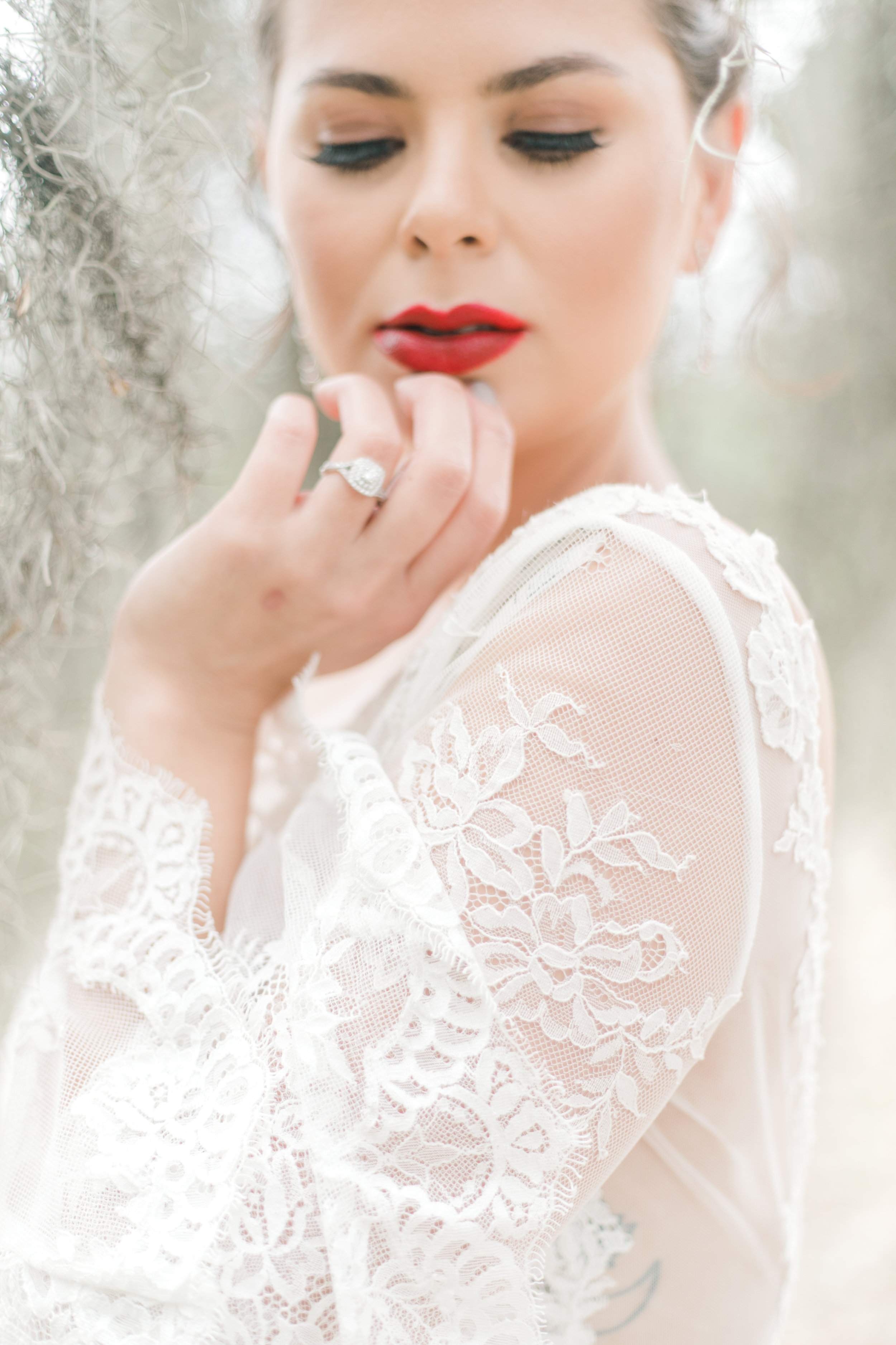 red-lipstick-bridal-makeup-inspiration-wormsloe-elopement-long-sleeve-lamour-by-calla-blanche-amber-wedding-dress.jpg