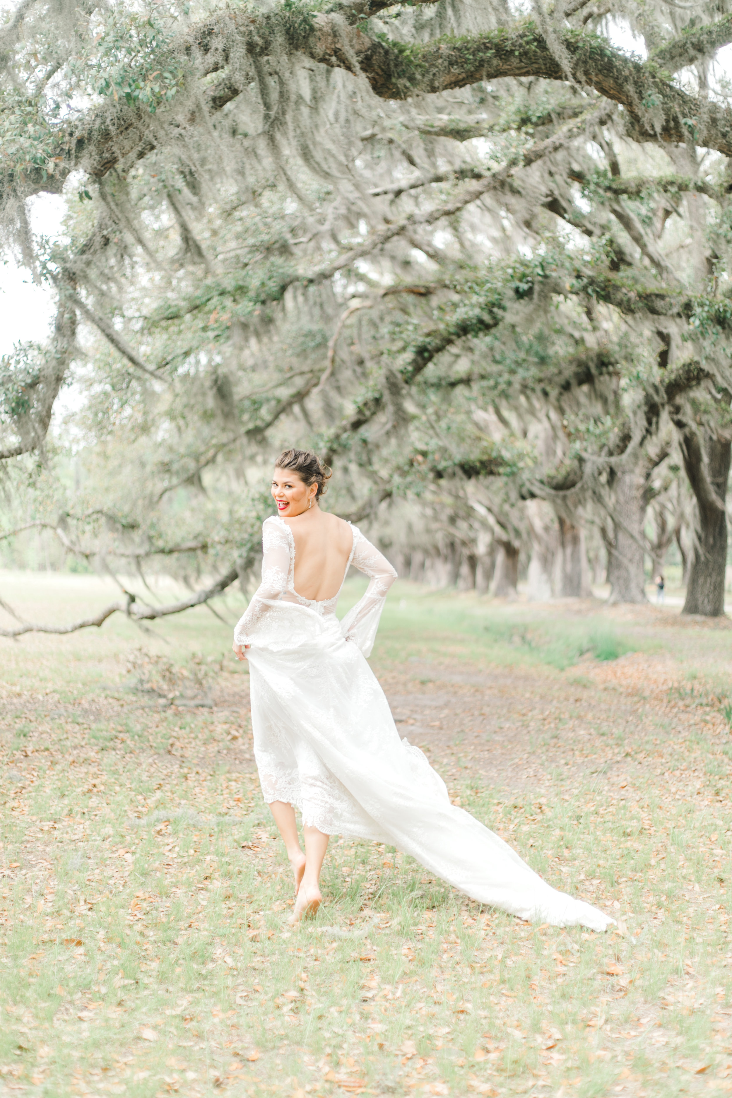 wormsloe-wedding-inspiration-lamour-by-calla-blanche-amber-wedding-dress-ivory-and-beau-savannah-wedding-dresses-long-sleeve-wedding-dress-wormsloe-elopementSelyciayangphotograpy-70.jpg