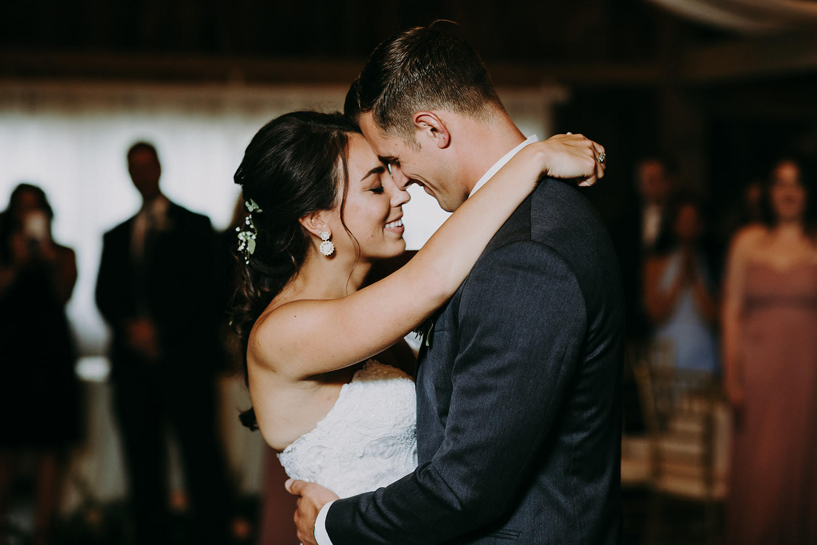 ivory-and-beau-wedding-dress-bridal-boutique-breanna-wedding-3.jpg